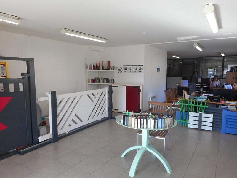 Vente local PORTET-SUR-GARONNE 2000m² 1166000 €