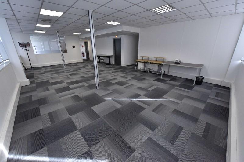 Vente bureaux LABEGE 954000 € 0 piéces