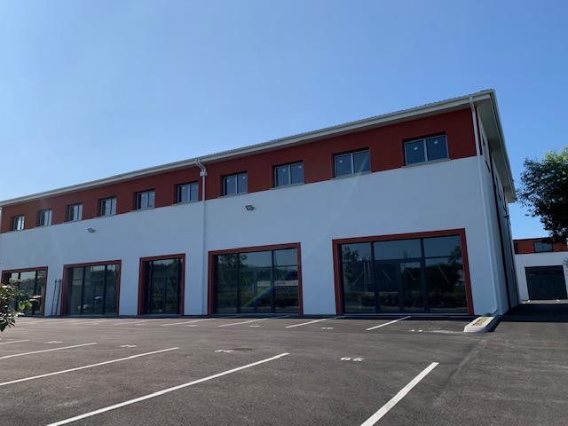 Bureaux Brut 62 m² 111600 64990 Lahonce